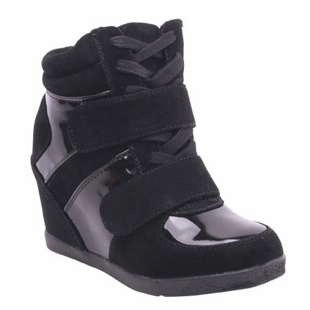 http://www.wantedshoes.com/shop/Sneakers/mercer/Black/
